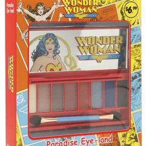 Wonder Woman Eyeshadow Pallet NEW